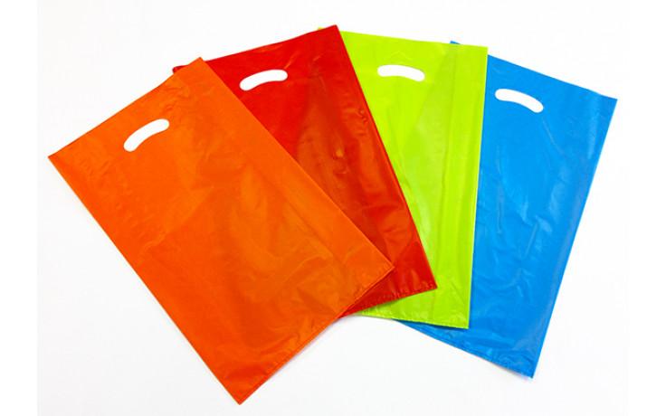 DiEmme propone un'ampia varietà di colori per i suoi sacchetti di plastica